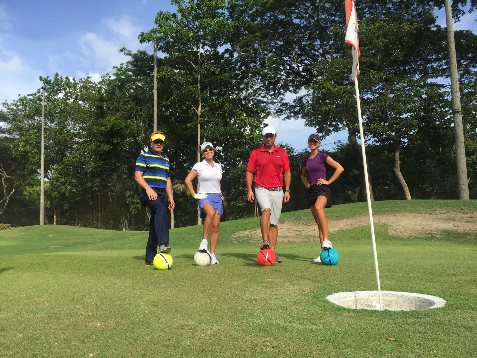 A group of footgolf players at La Iguana